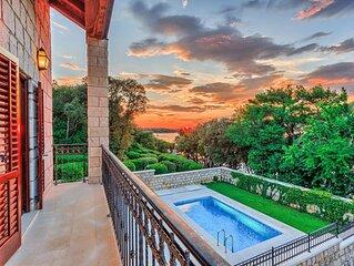 Villa Dubrovnik, direkt am Meer, fur 9 Personen., Pool, Internet