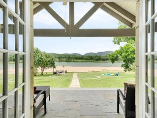 Packsaddle Paradise - Beach with a view on LBJ! Brand New outdoor kitchen and pa