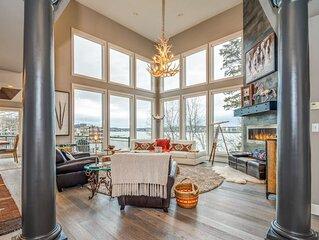 Village Luxury Home · On Lake Time- Waterfront- Incredible Views
