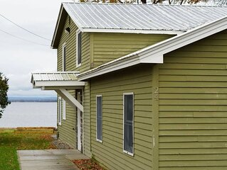 Newly Renovated House on Lake Champlain - 4 BR!