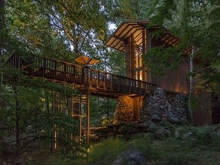Stoneflower Cottage · Fay Jones home. Cottage on Greers Ferry Lake