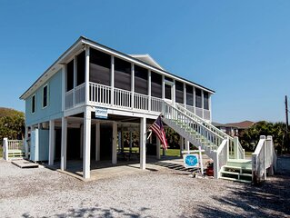 Heaven on Harrelson - Easy Beach Access, Lagoon Location & Screened Porch