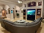 Spacious Livingroom with theater sound system
