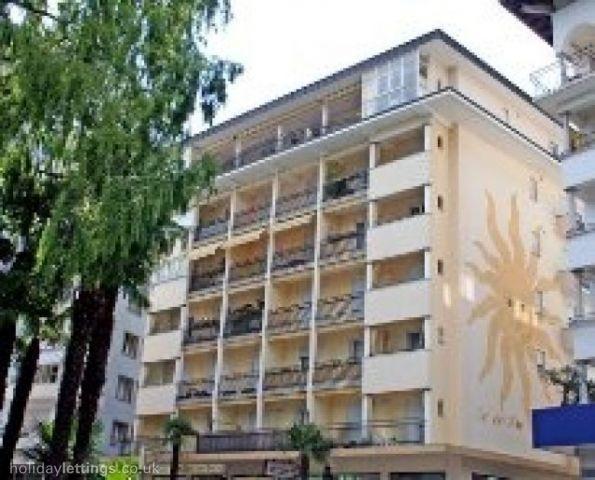 Apartamento de 110 m2 de 2 dormitorios en Locarno, holiday rental in Minusio