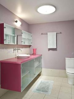 Ensuite Bathroom in Private Pavillion