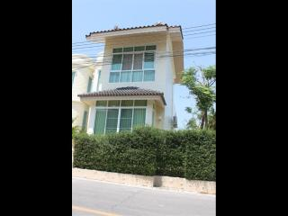 Villa for rent, 2 BR, in Nai Harn, Nice terrace, Private Pool