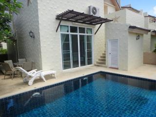 2 bed villa, in Nai Harn, private pool, gym, playground for kids