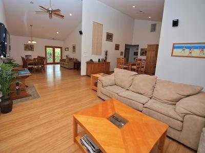 Contente, Russian River Vacation Homes, Open Dining Area