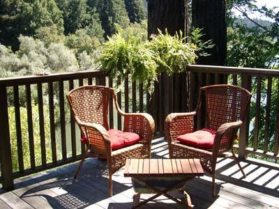Dock Calm, Back Deck faces the Russian River