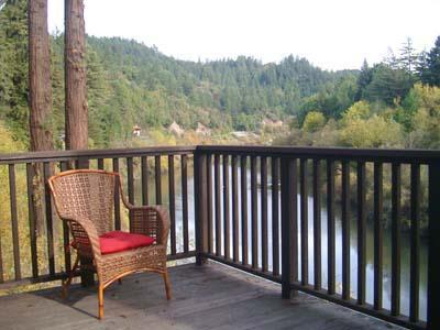 Dock Calm, Back Deck has Gorgeous River Views