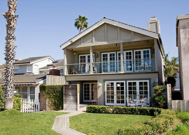 Gorgeous single family home in Peninsula Point, near the Wedge