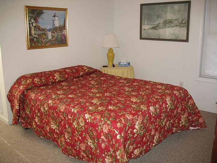Bedroom 7 oceanfront upstairs