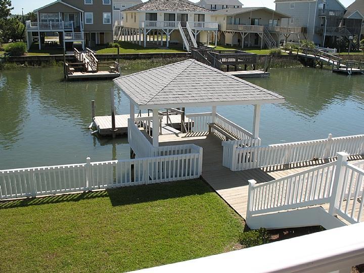 private gazebo dock