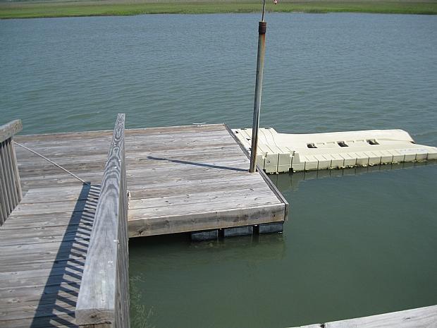private dock - jet ski ramp