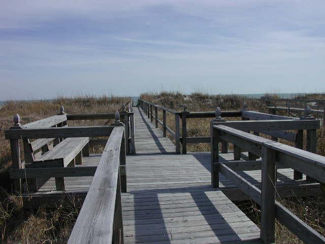 Sitting area on catwalk to beach