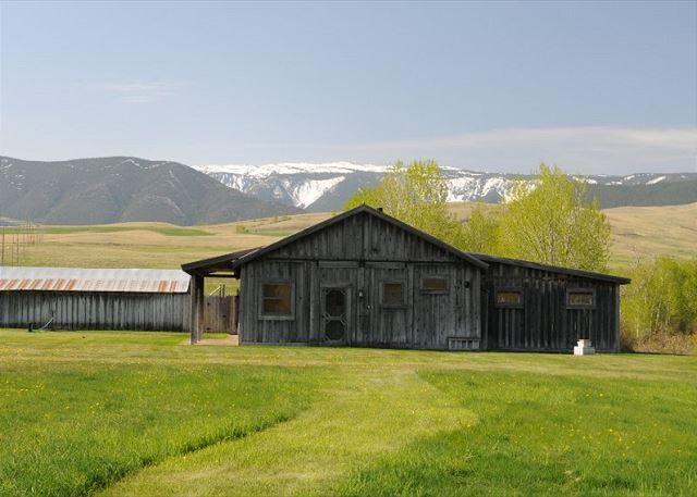 Boulder River Barn