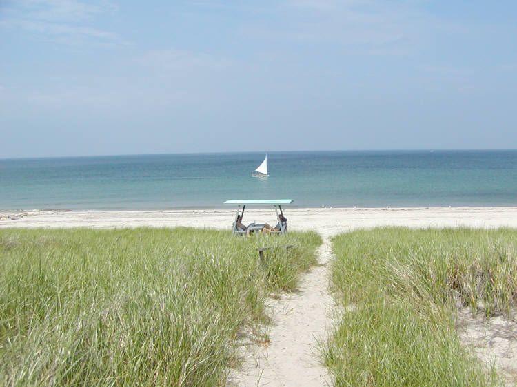 Chemin vers la plage privée