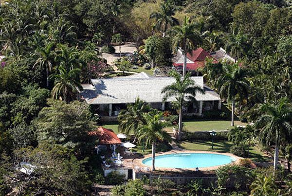 Drambuie - Montego Bay 5 Bedroom, location de vacances à Montego Bay