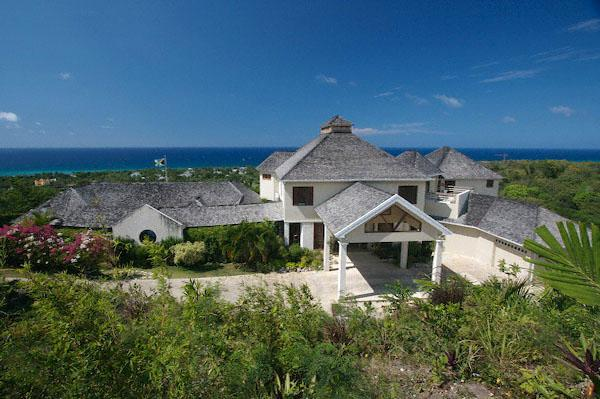 Greatview - Spring Farm, Montego Bay 6 Bdrms-ask about our 4, 5, 7, 8 bdrm rate, location de vacances à Montego Bay