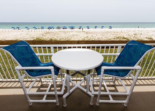 Solo otro día en el paraíso, donde la playa está justo en tu playa.