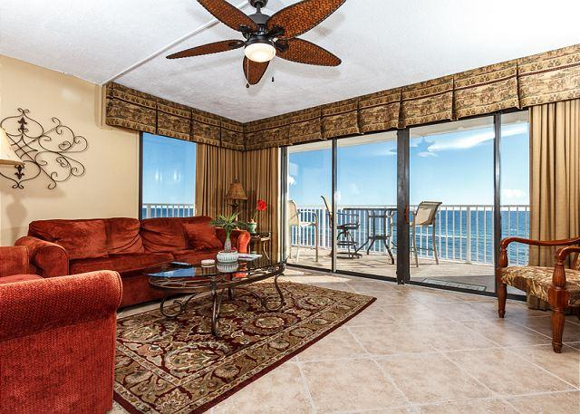 Get an amazing view of the gulf from this corner/end unit on the