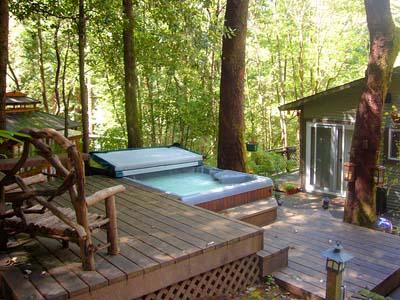 Falling Leaf Russian River Vacation Rental in Guerneville