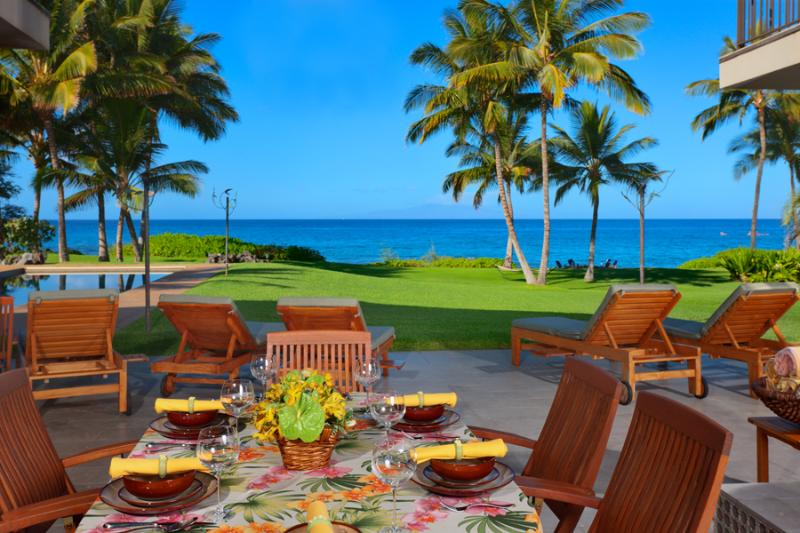 Wailea Sunset Estate - Plenty of Lounging and Outdoor Living Areas