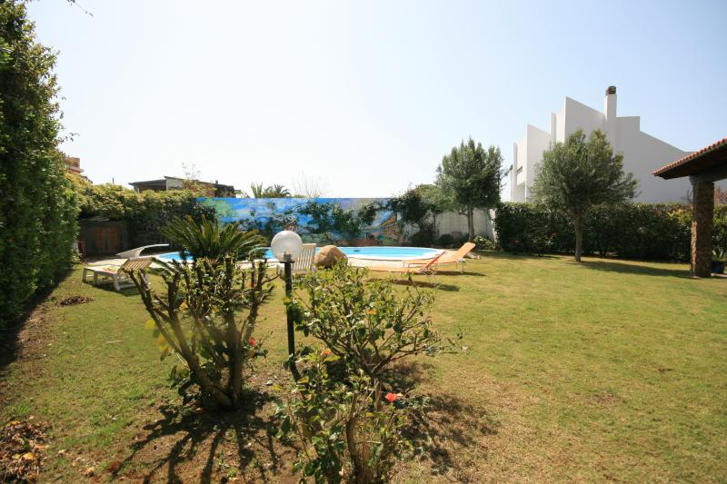Sardinian Villa with Private Pool - Villa Sabbia, holiday rental in Sardinia