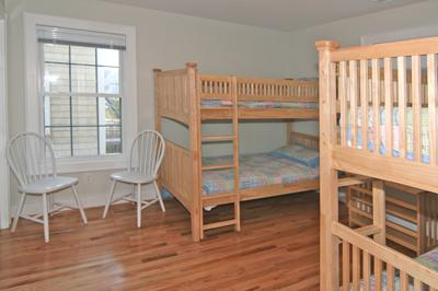Bedroom 4 with 2 sets of bunks