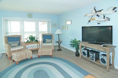 Living room - large screen TV