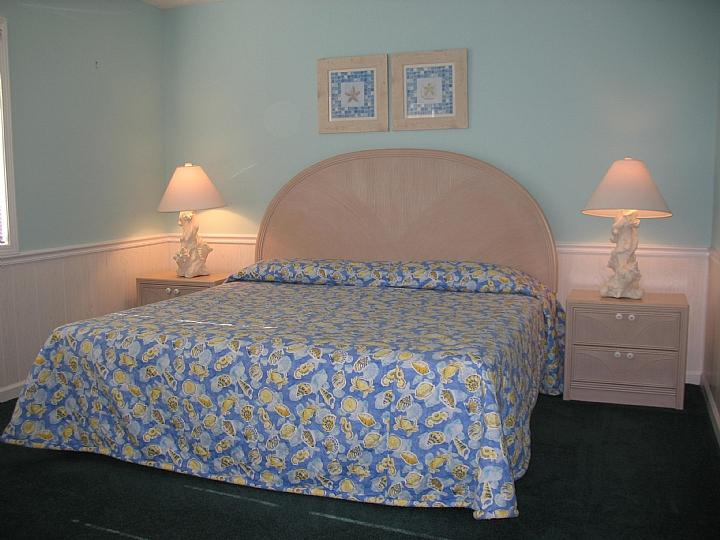 bedroom 4 upstairs oceanfront