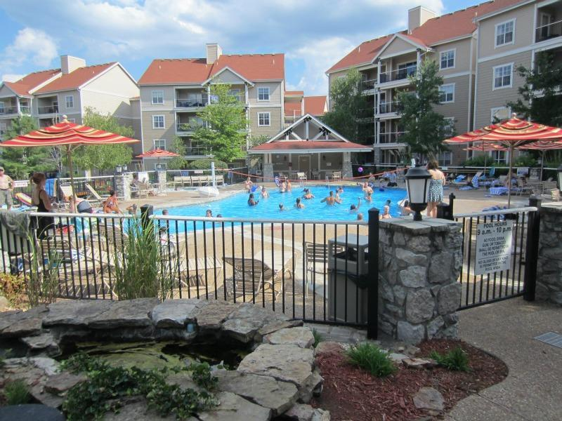 This pool is about a 1 block walk and also has a hot tub
