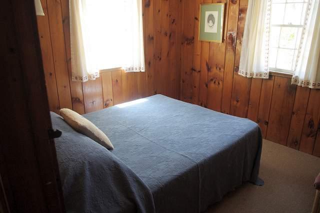 Bedroom 1 - 1 queen bed plus ceiling fan