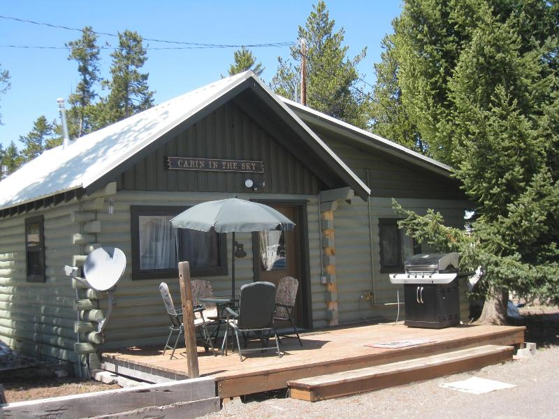 Cabin in the Sky is located on the same property. Reserve both for a group gathering!