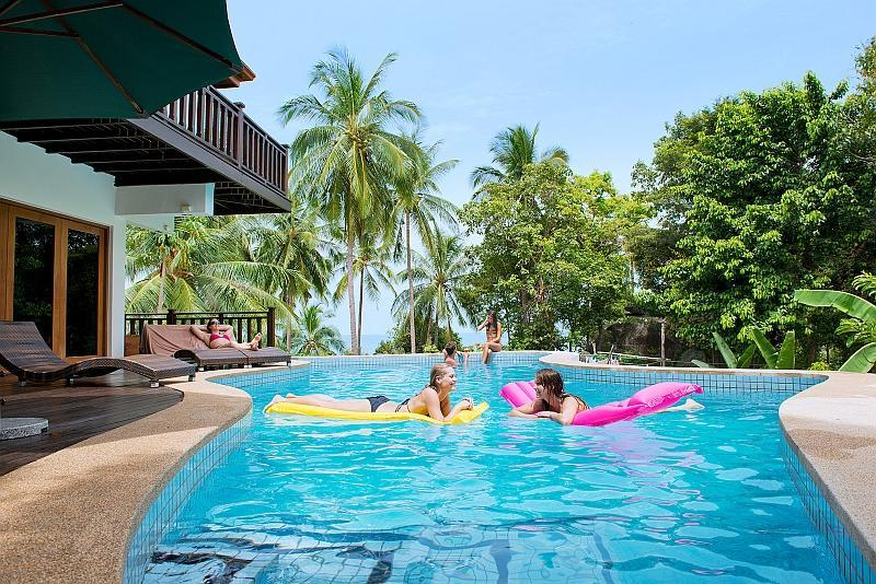4 Bedroom Luxury Villa with Private Swimming Pool, holiday rental in Ko Pha Ngan
