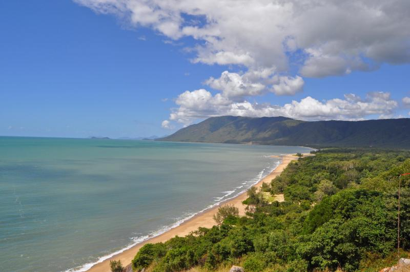View along the coast road, Cairns to Port Douglas