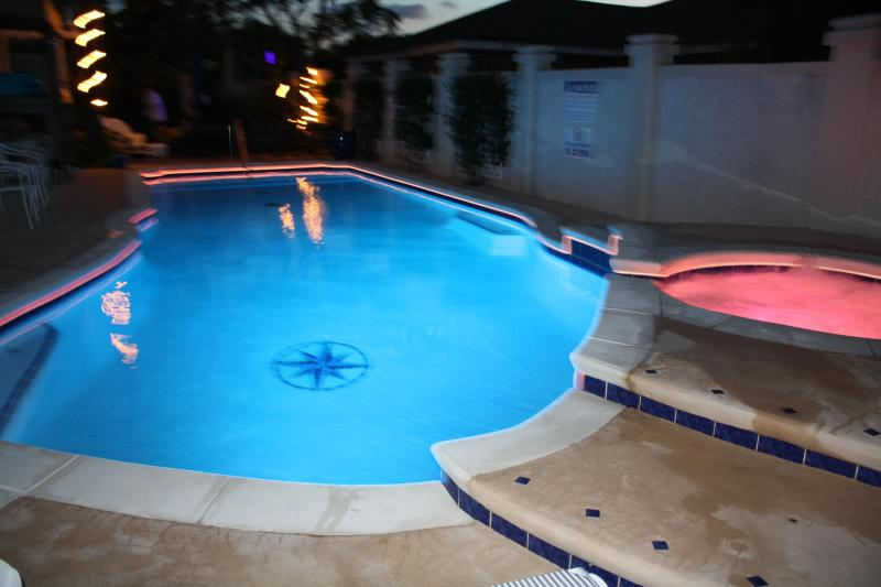 Pool w/fiber optic night lighting