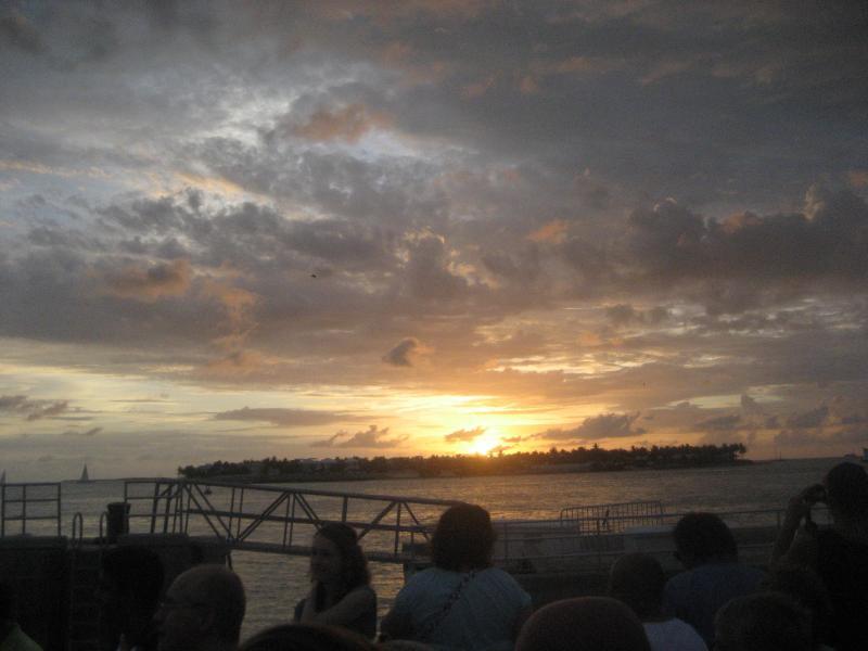 Onze zonsondergang wordt gevierd elke avond en waarom ook niet???