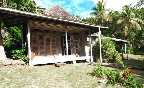 Hope House & Cottage - Bequia