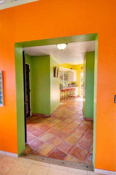 Natürliche Strömung in der Villa bringt Brisen und einfachen Zugang.