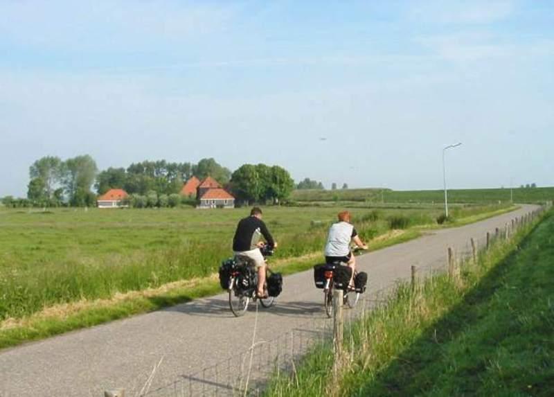 Biking along the dike