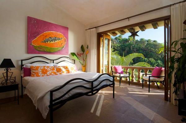 Jungle View Bedroom/2nd Floor