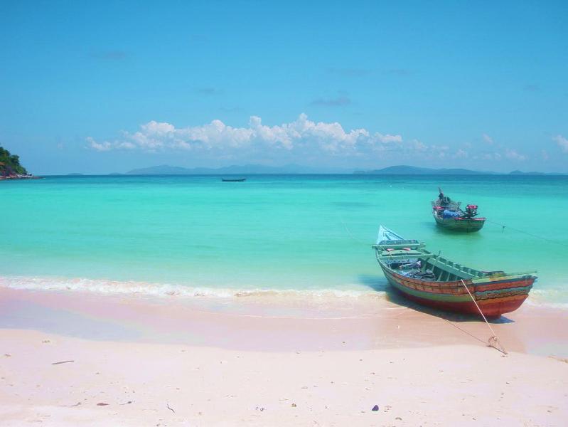Desrted Beach in Paradise at Racha Island