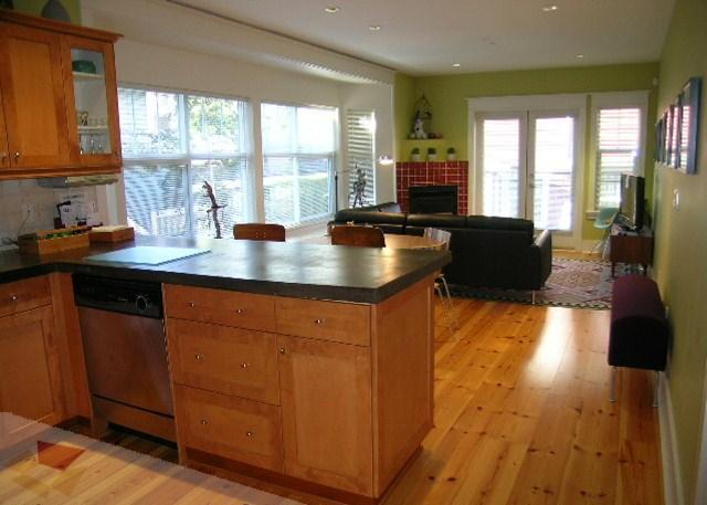 Vista della cucina e soggiorno