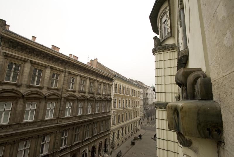 balcony wiev