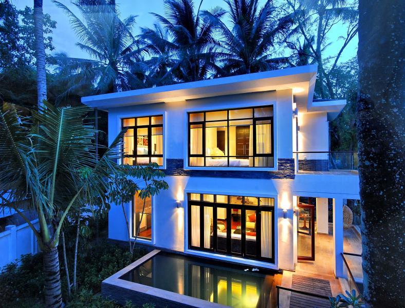 GARDENIA POOL VILLA - 2 br Villa Very Near Beach, aluguéis de temporada em Mae Nam
