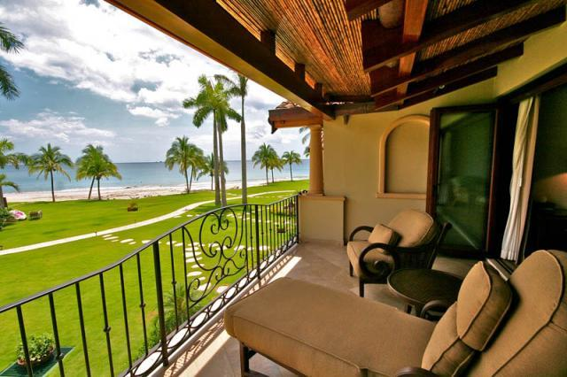 2nd floor balcony with ocean views