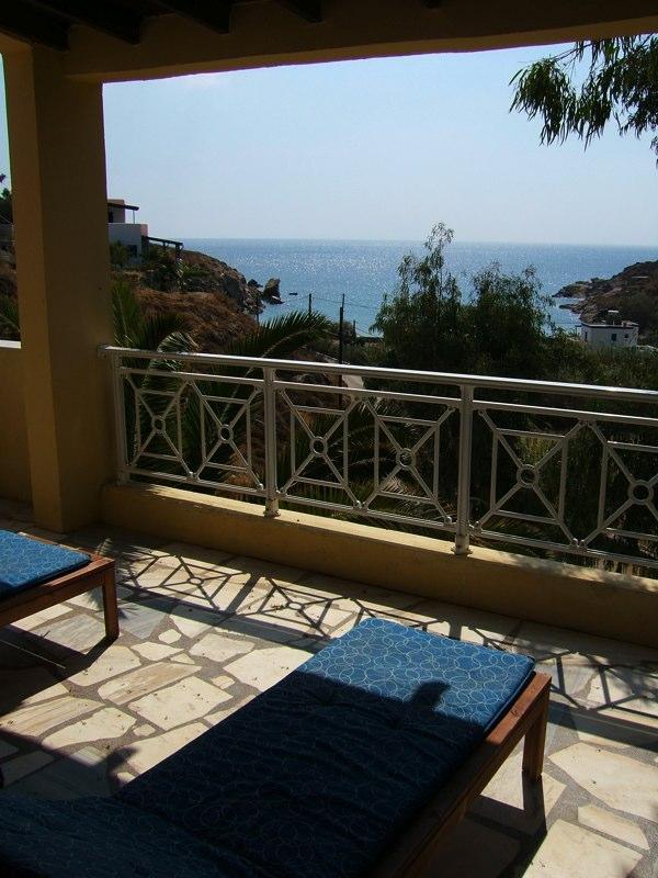 Terrasse Blick auf das Ägäische Meer