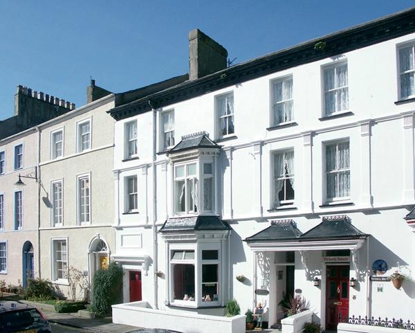 ISFRYN, pet-friendly, character holiday cottage, with a garden in Caernarfon, location de vacances à Llanfaglan