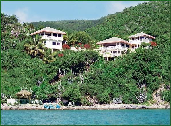 OCEANFRONT LUXURY!  103  5-STAR REVIEWS ~ Perfection + 25% off in 2021!, holiday rental in Little Trunk Bay
